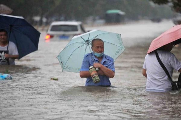 Banjir di China Hajar Pusat Produksi Iphone